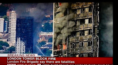 http://www.rp-online.de/panorama/ausland/grossbrand-in-london-feuerwehr-durchsucht-das-brennende-gebaeude-aid-1.6883905