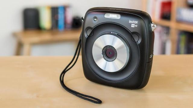 Fujifilm Instax Square SQ10 Review