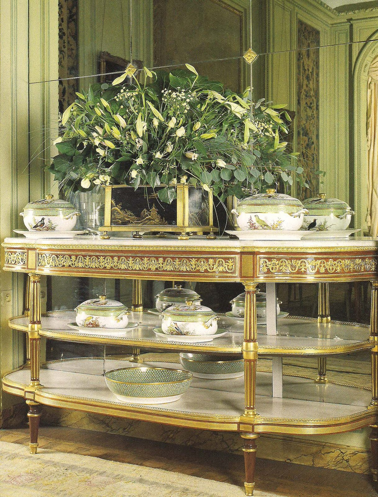 Ebeniste Mont De Marsan the devoted classicist: highlights of the camondo collection