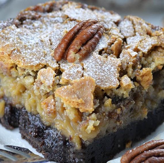 Chocolate Pecan Ooey Gooey Butter Cake #dessert #cakes