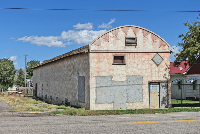 Abandoned Buildings in Circleville UT