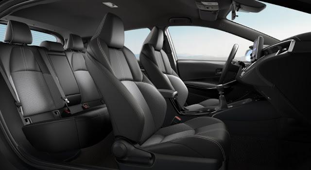 corolla-hatch-seats