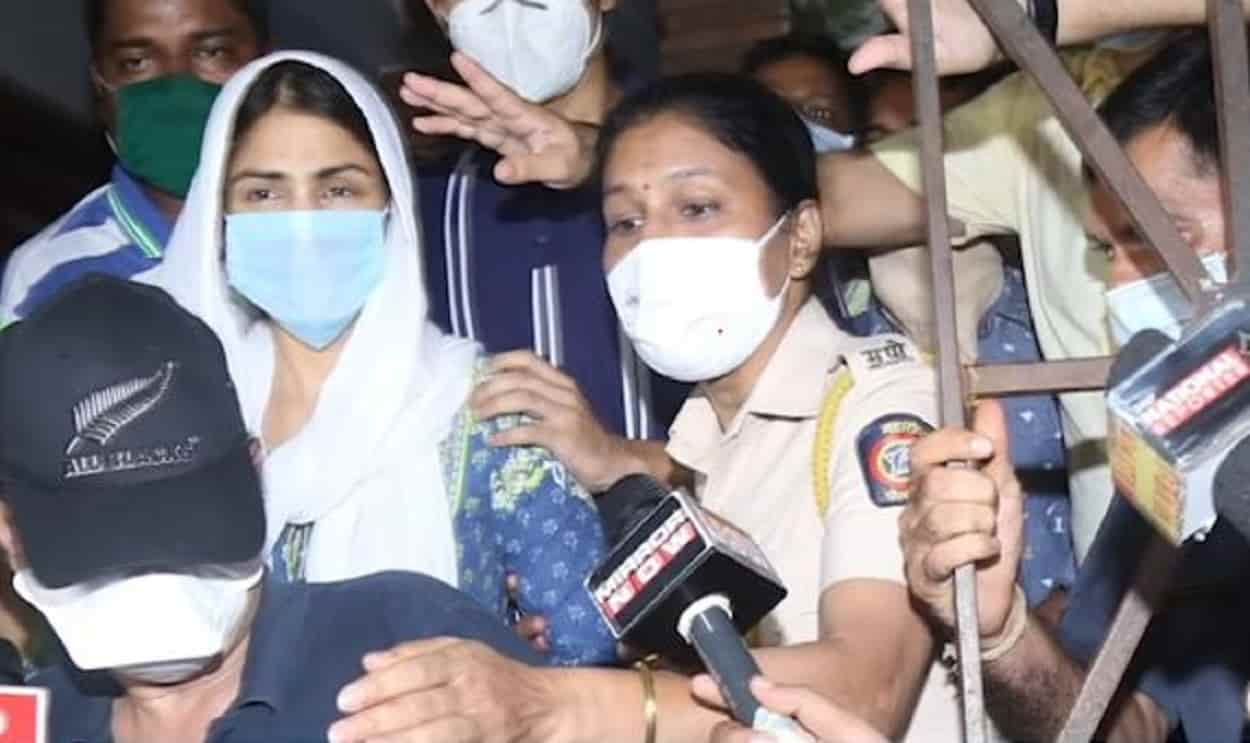 ED questioned Riya Chakraborty for eight and a half hours