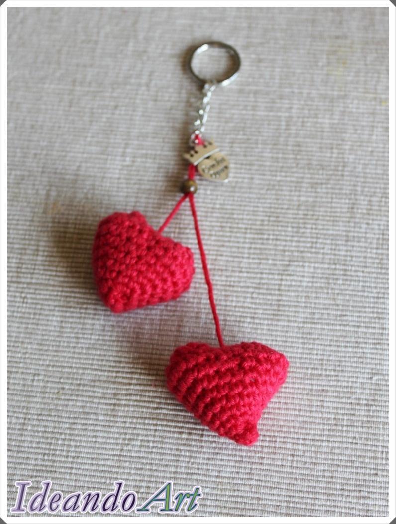 Llavero corazones amigurumi