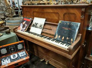 Antiguo piano pieza del Desembalaje Bilbao