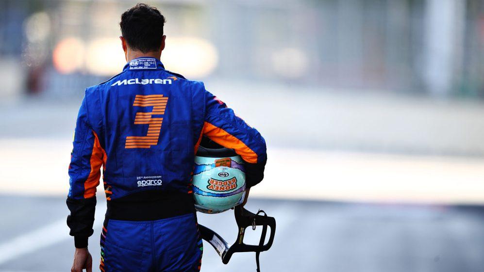 Ricciardo caiu em Baku, o que levou à sua segunda eliminação consecutiva no Q2