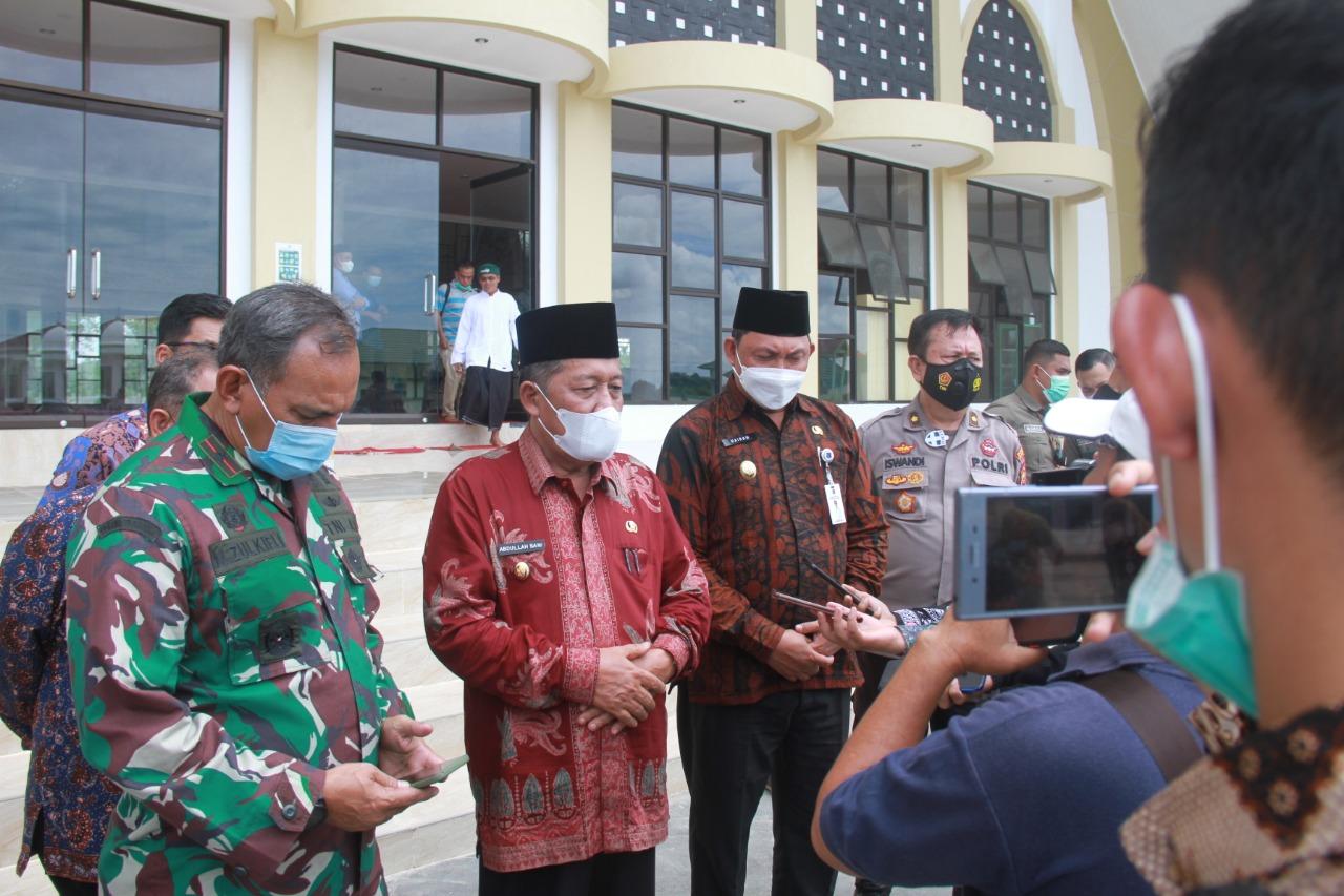 Wakil Bupati Tanjabbar Dampingi Wakil Gubernur Provinsi Jambi Dalam Peninjauan Persiapan MTQ Ke-50 Tingkat Provinsi Jambi