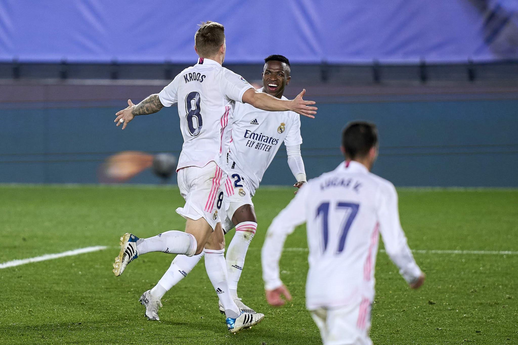 Real Madrid venció a Athletic de Bilbao y se subió a la punta de la Liga de España