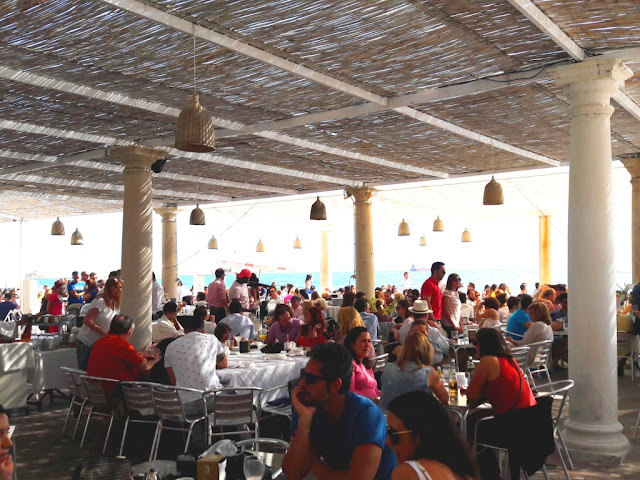 about-eating-shraing-dishes-andalucia-malaga-trips
