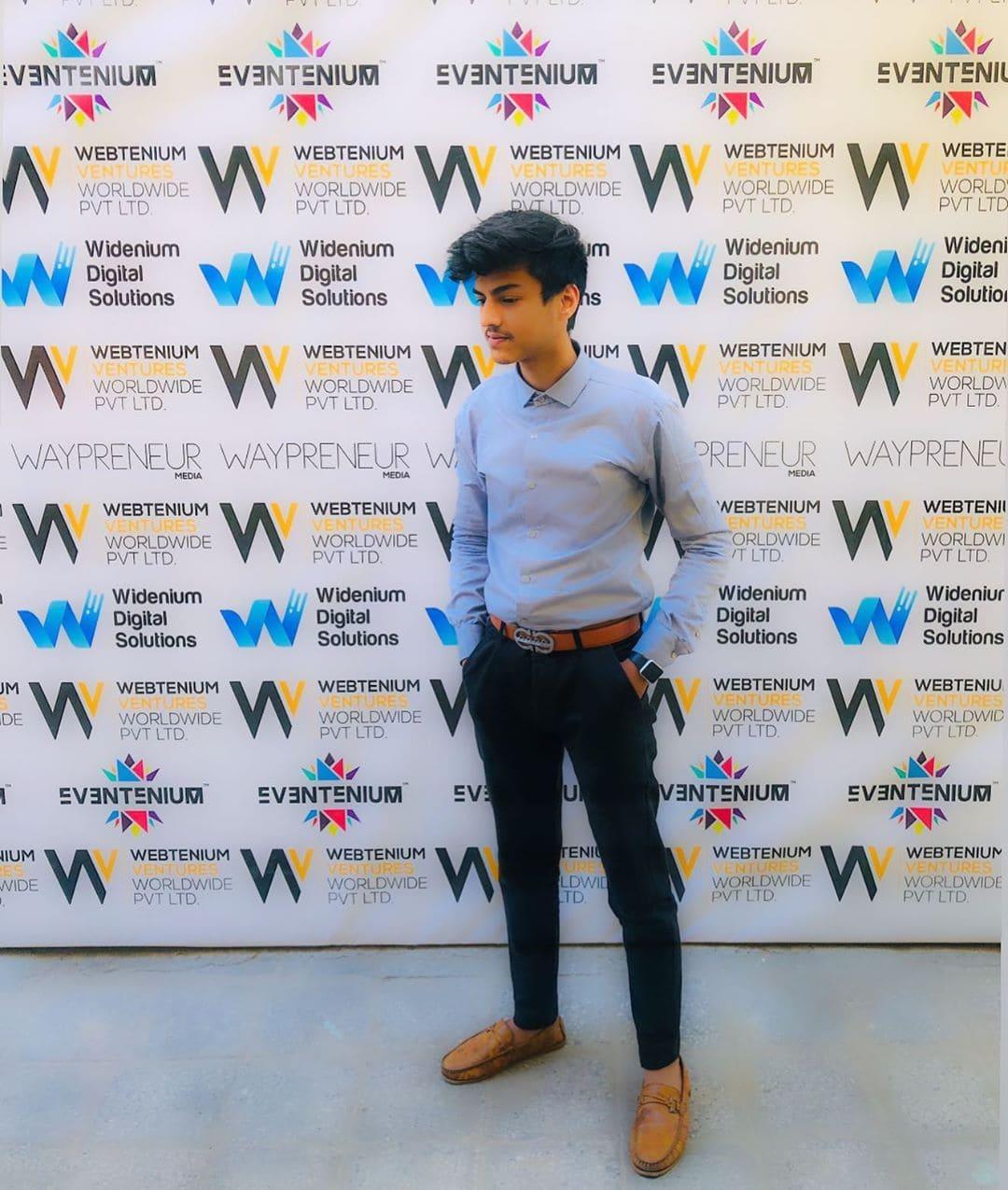 Siddhant Thakran (Digital Marketing Specialist) Biography, Age, Wiki, Birthday & More