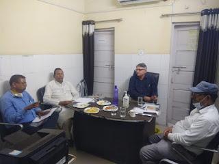 जालौन: महिला अस्पताल में 40 बेड बढ़ाने का प्रस्ताव शासन को भेजा जालौन : ऊपरी मंजिल पर बनेगा 40  बेड का परिसर, रोगी कल्याण समिति की बैठक में लिया गया निर्णय orai Jalaun: Proposal to increase 40 beds in women's hospital sent to the government orai Jalaun: A 40-bed complex will be built on the upper floor, the decision taken in the meeting of the patient welfare committee Hindi news