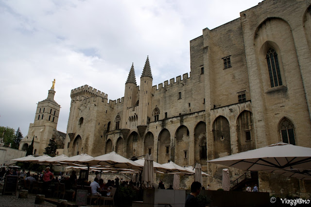 Lo splendido Palazzo dei Papi di Avignone