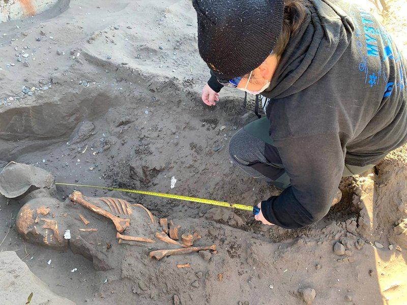 Encuentran restos de un varón prehispánico en Ránquil