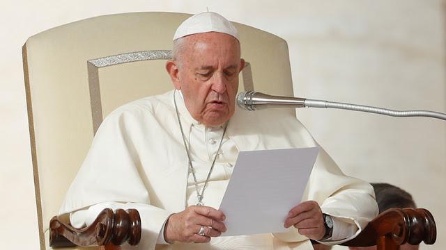 El papa Francisco compara los discursos homofóbicos y racistas de algunos políticos con las políticas de Hitler