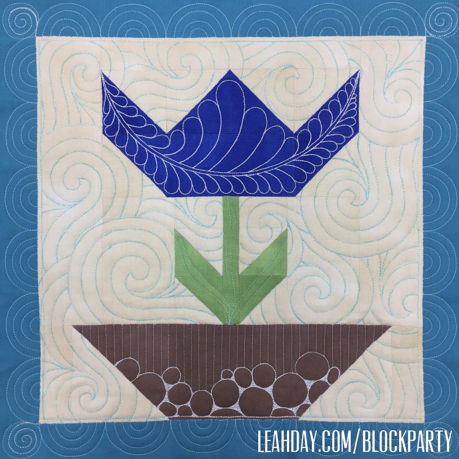 The Free Motion Quilting Project Quilting A Patchwork Tulip Quilt Block