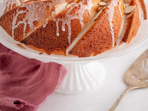 Glazed Almond Bundt Cake and Caprese Quiche and Other Inspirations