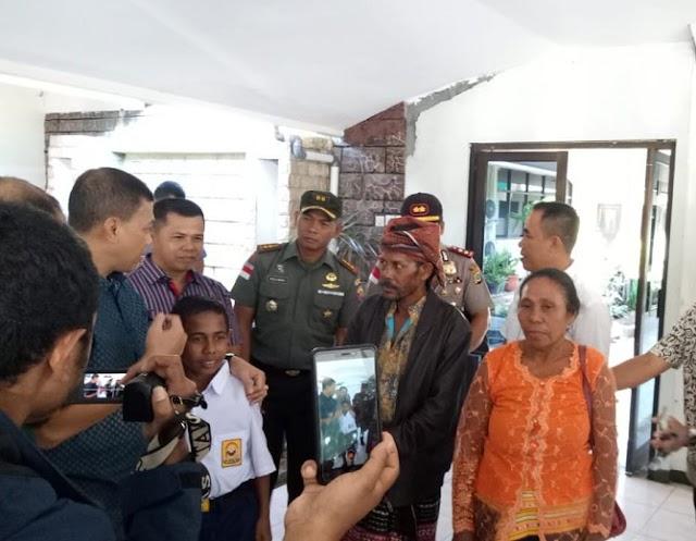 Johanis Pemanjat Tiang Bendera 17-an, Diterbangkan Ke Jakarta