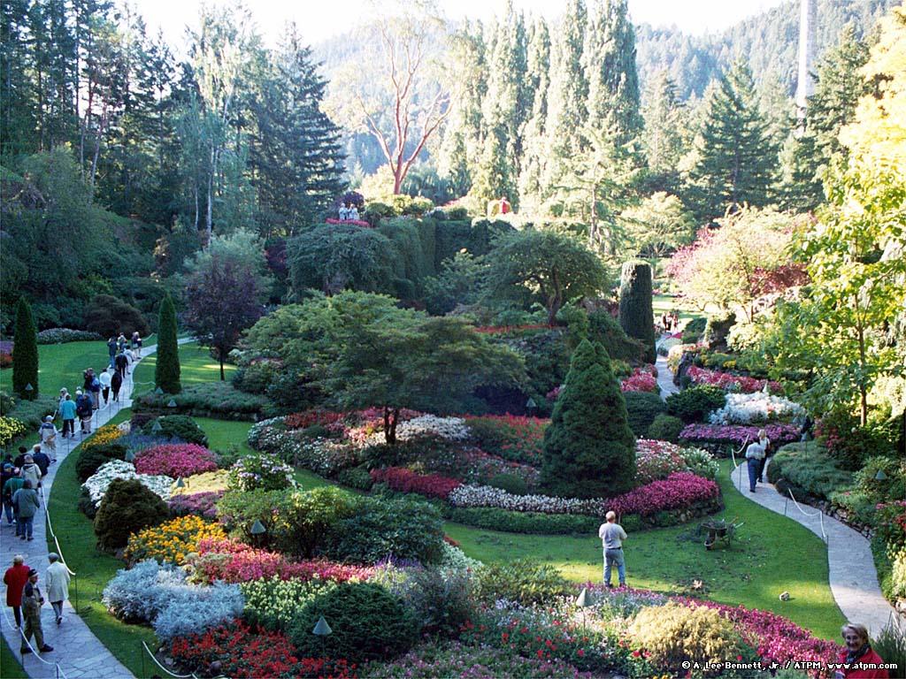 Top 10 Most Beautiful Gardens in the World to Strolls   Beutiful Garden