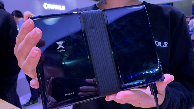 FLEXIPAI IS THE FIRST DEVICE WITH A FOLDABLE DISPLAY, PRICING STARTS AT CNY 8,999