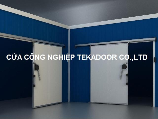 Cửa lùa trượt kho đông lạnh Sliding Cold Storage Door