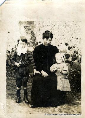 Photo de famille ancienne noir et blanc