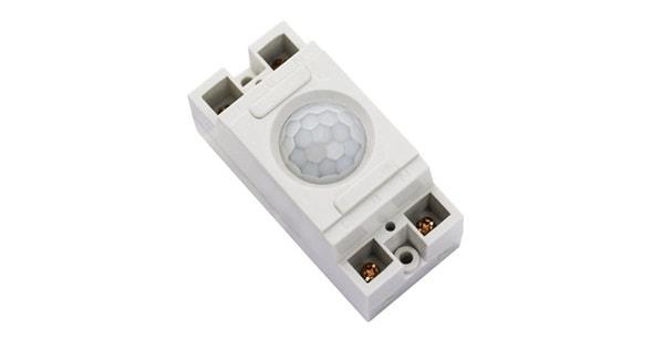 công tắc cảm biến hồng ngoại - một thiết bị điện thông minh điển hình