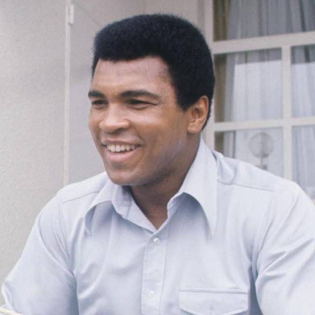 Cuando Muhammad Ali salvó a un hombre que intentaba suicidarse