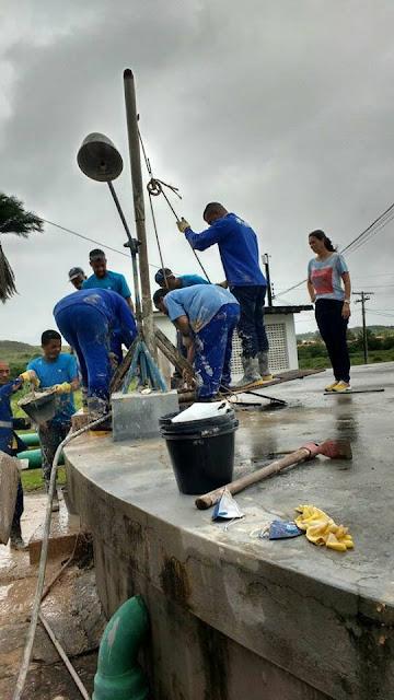 Alagoinhas: Manutenção na rede elétrica e limpeza do reservatório do Sobocó envolveram 25 pessoas e 12 horas de trabalho árduo