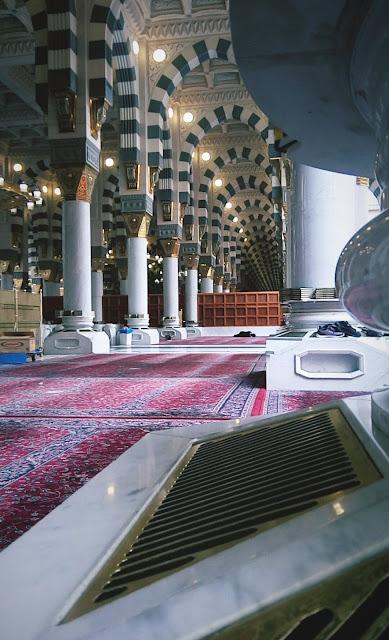 خلفية هاتف تصوير داخل المسجد النبوي