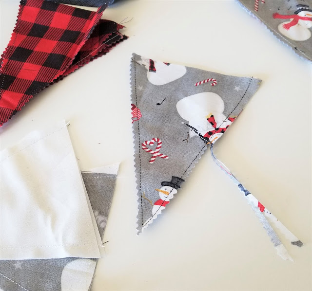 how to make fabric christmas bunting