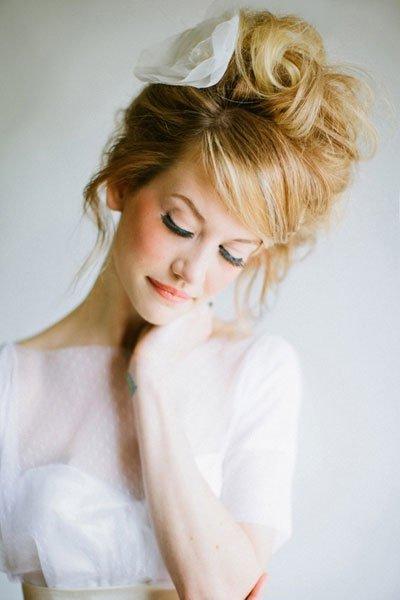 peinados de novia con mantilla