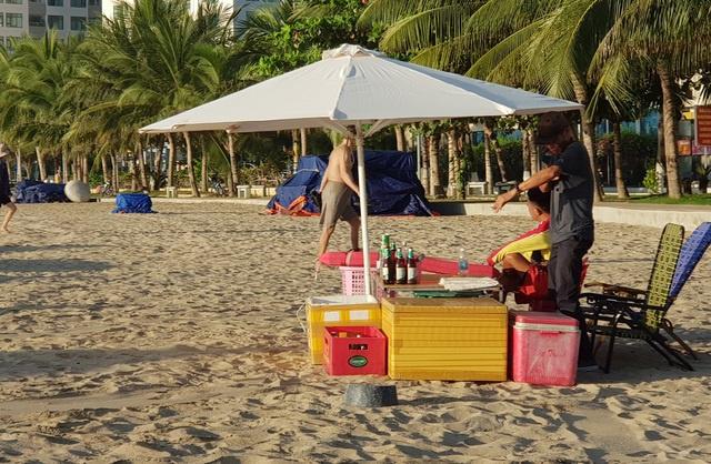 Nha Trang cho tắm biển trở lại từ 04/05/2020 sau thời gian cách ly xã hội 6