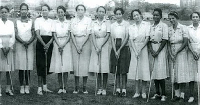 Black woman golfers