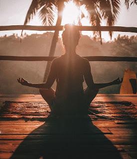meditación tomando el sol