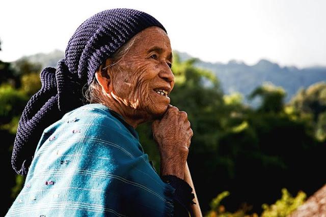Adi Galo woman, Arunachal Pradesh - Johan Gerrits photography