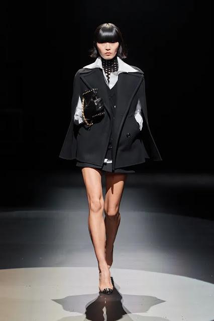 Valentino by Pierpaolo Piccioli Fall 2021 Milan Fashion Week