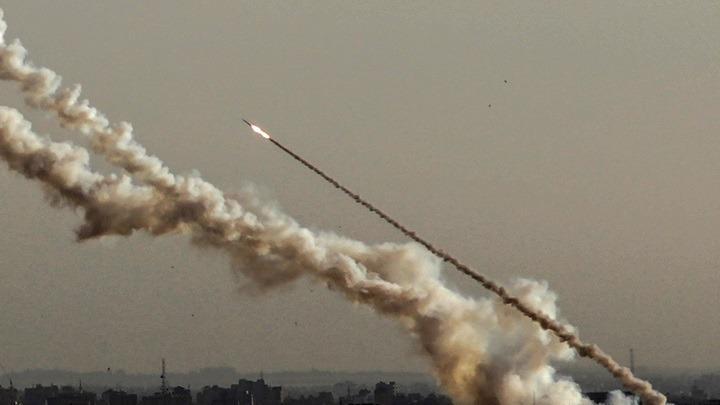 Πυραυλική επίθεση κατά αμερικανικών στόχων στο Ιράκ – Εκκενώθηκε η πρεσβεία των ΗΠΑ (vid)
