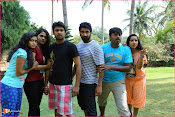 Karulo Shikarukelthe Movie Stills-thumbnail-13