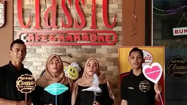 Classic Cafe & Karaoke
