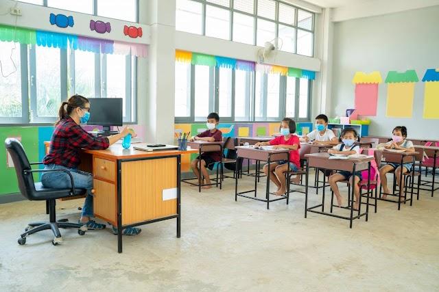 Guía para expulsar al coronavirus de las aulas