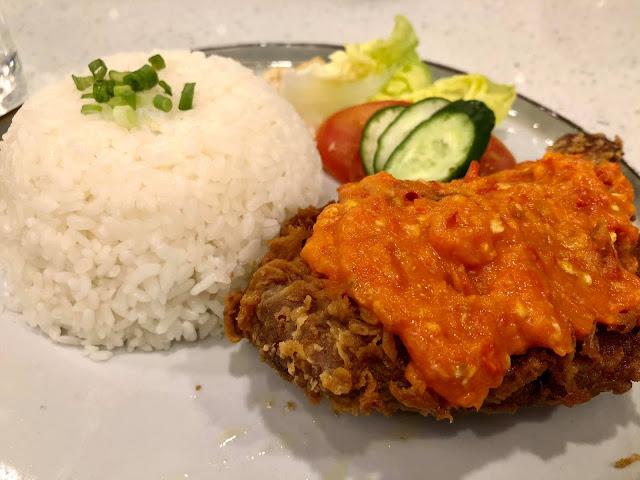 Makan-Makan Di Seven Oaks Bakery Cafe Sempena Hari Jadi Anak