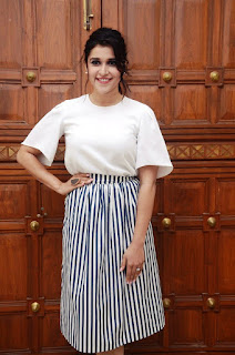 manara chopra at thikka audio photos