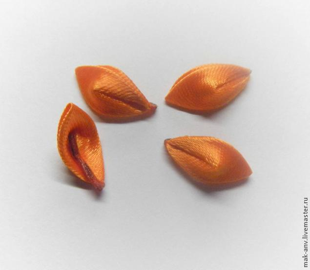 How to sew small tulips