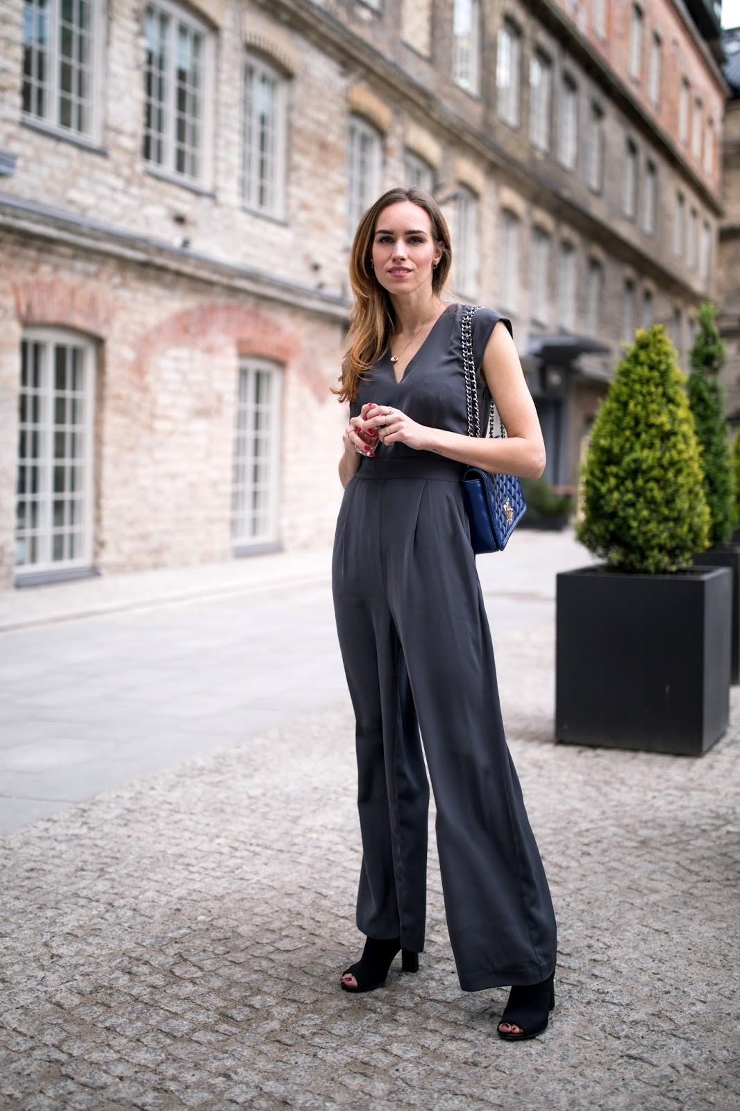 grey jumpsuit outfit summer