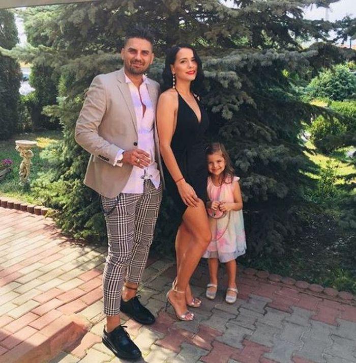 Fratele Elenei Gheorghe a divorțat în mare secret. Costin s-a despărțit de femeia cu care are un copil