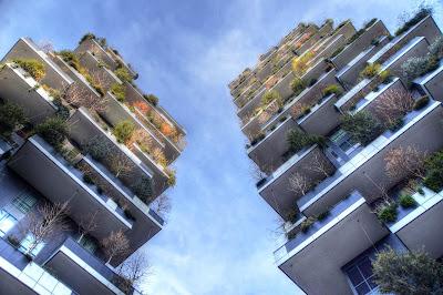 bosco verticale-Milano-Boeri-architettura sostenibile-grattacielo