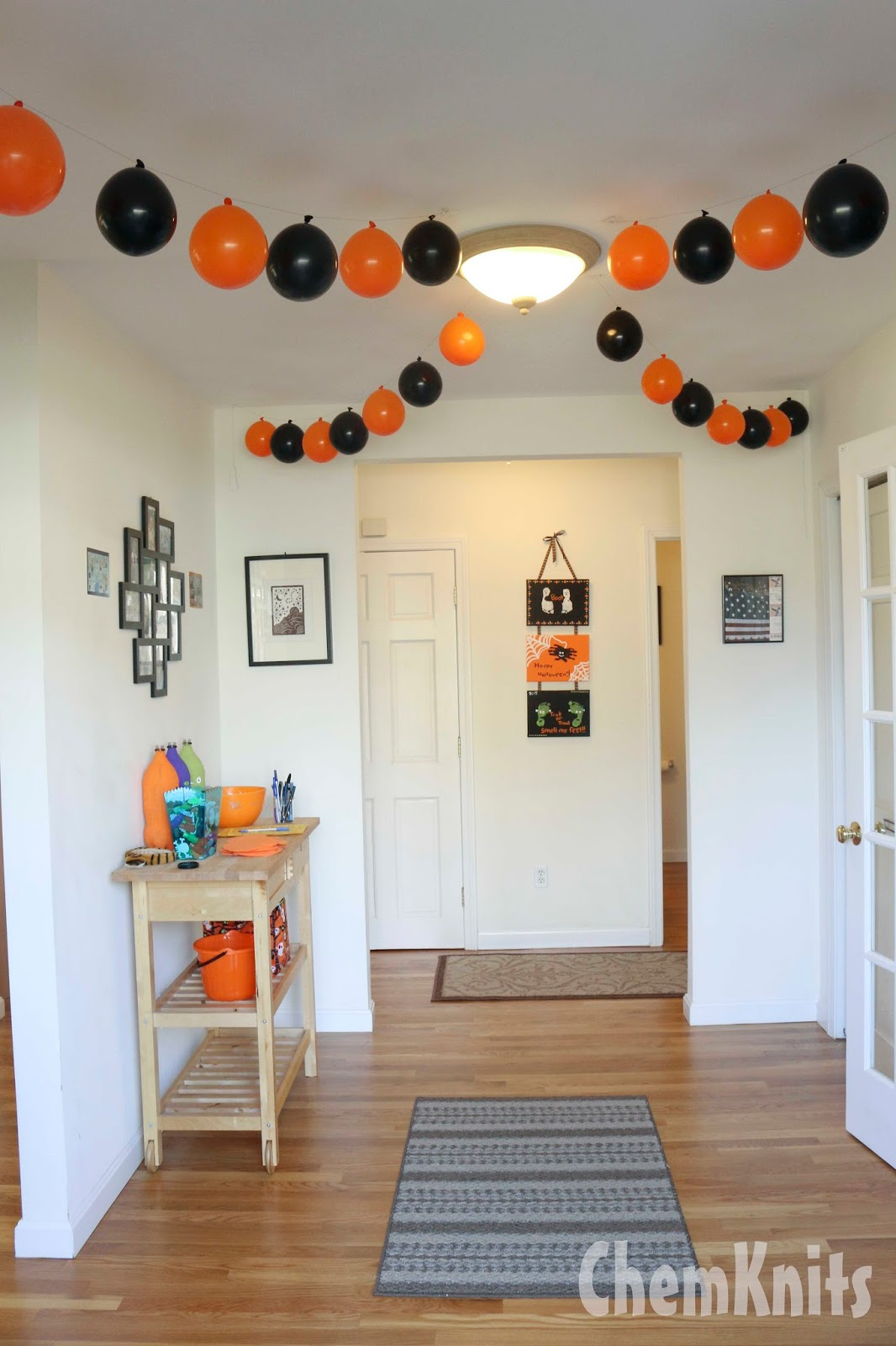 ChemKnits: Lucky's Halloween Birthday Party