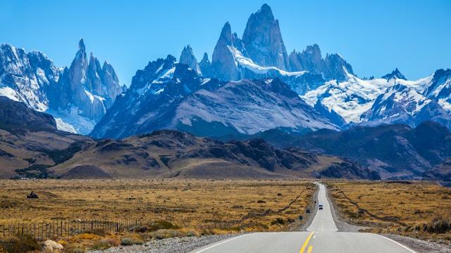 Estrada de El Calafate, na Argentina