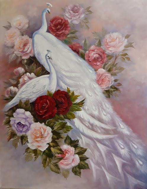 Белые павлины в пионах