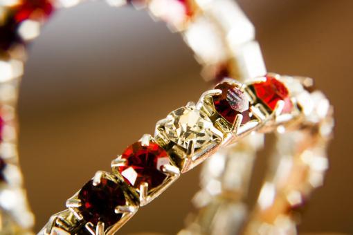 Model Gelang Ruby untuk Pesta